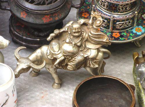 Reitender Buddha der Zukunft, China (Peking)
