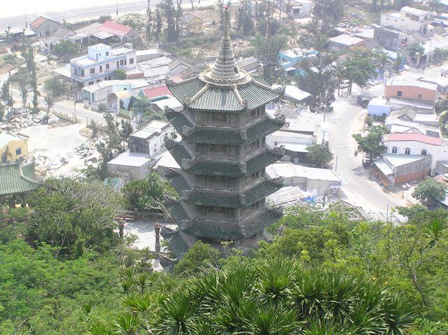 Stupa, Vietnam